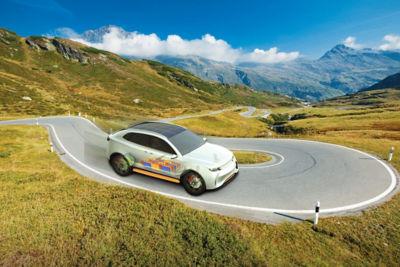 2020-11-autonomous-car.jpg