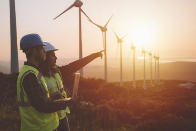 2020-11-digital-twins-turbines.jpg