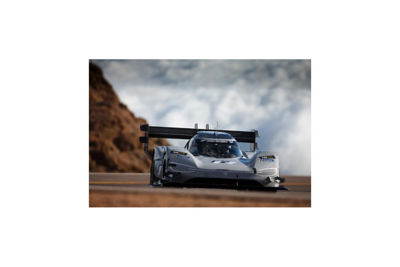 designing-electric-car-battery-pack-pikes-peak-world-record-1.jpg